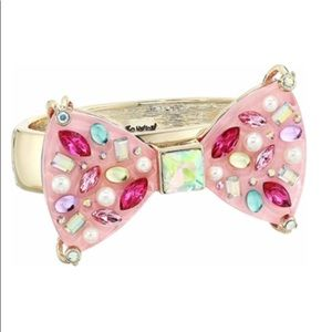 NWT Betsey Johnson Bow Bracelet